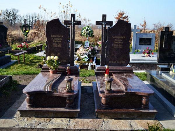 Виды надгробные памятники из гранита фото памятники орел цены пермь